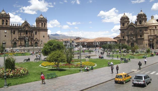 06-plaza_de_armas_del_cuzco_1
