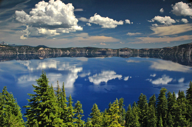 Crater_Lake_National_Park_Oregon