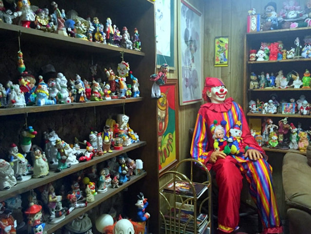 clown_motel (2)