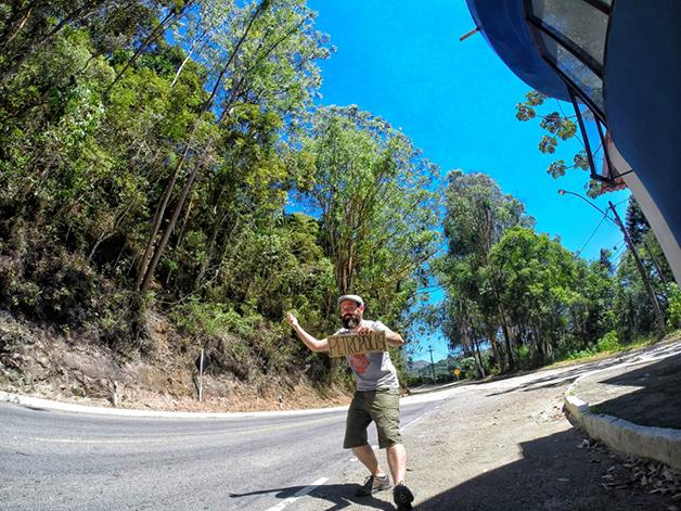 Pedindo carona para Petrópolis, RJ