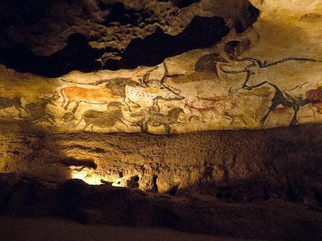 03-lascaux-caves