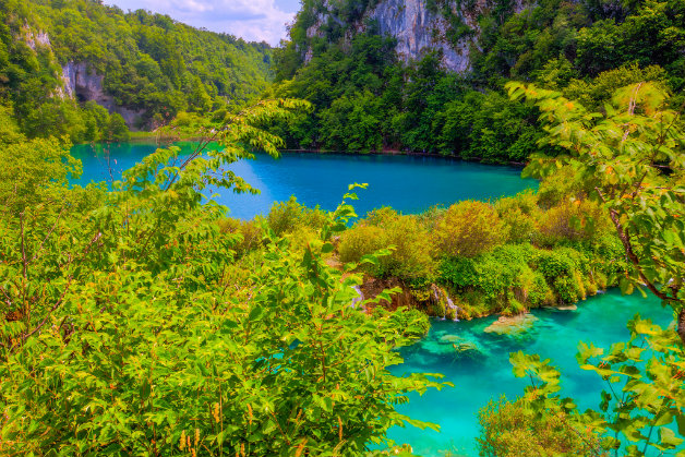 Nature-landscape-national-park-plitvice-lakes-20120621_0060_1_2_(8144203498)