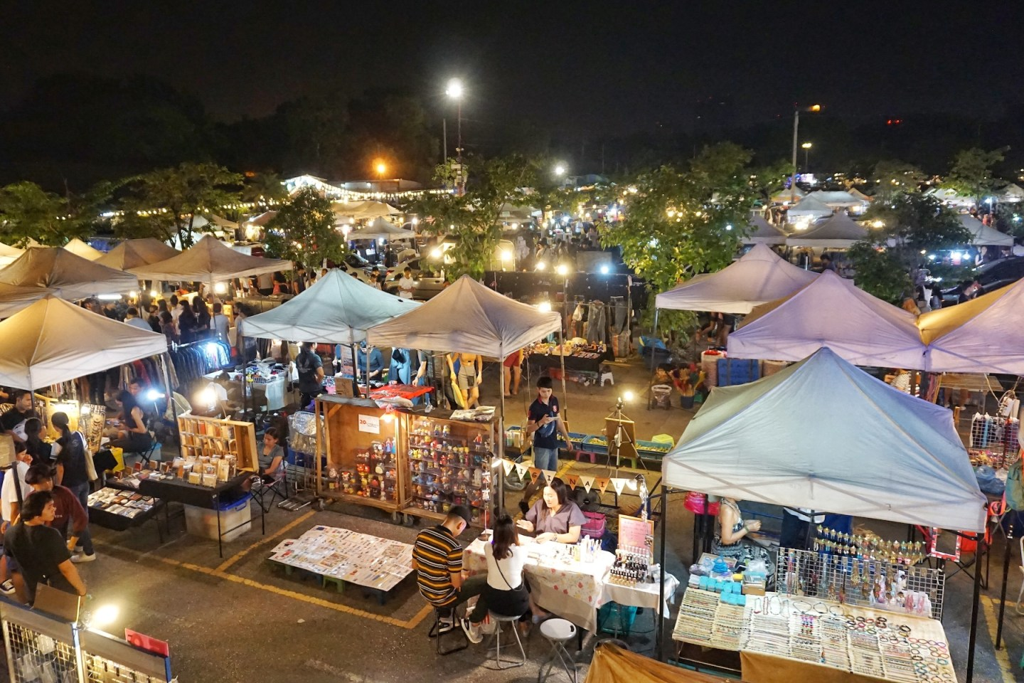 Planning a visit to Chatuchak? Go to JJ Green Instead