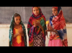 Tuareg kids dance American style…and their own Tinde