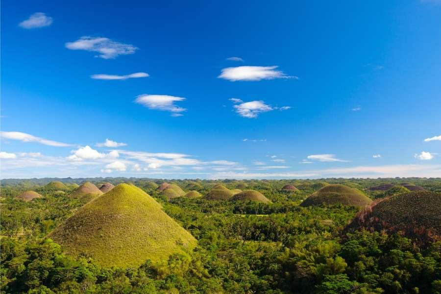 Travel Guide to Bohol - Chocolate Hills Bohol Philippines