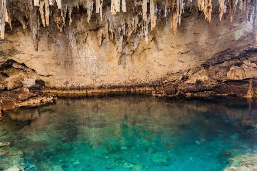 Travel Guide to Bohol - Hinagdanan Cave