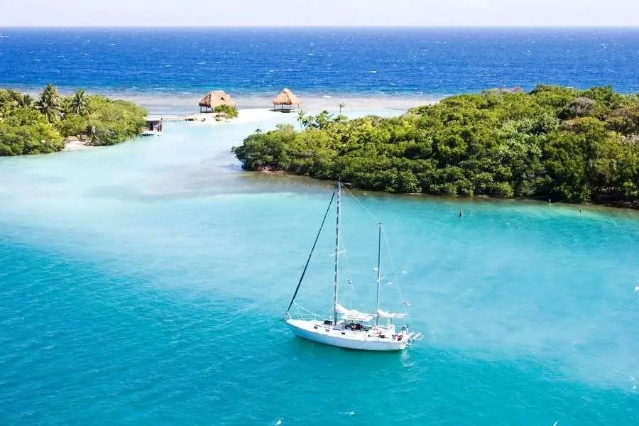 Top Budget Beaches on the Caribbean Coast