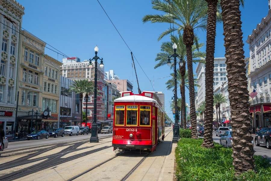 New Orleans with family - New Orleans Streetcars