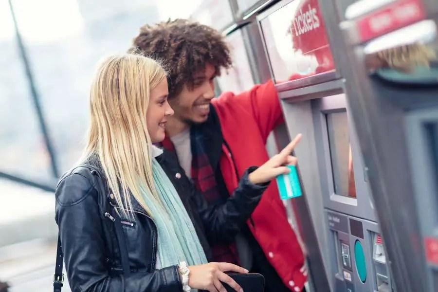 Travel Scams - The Ticket Machine Helper