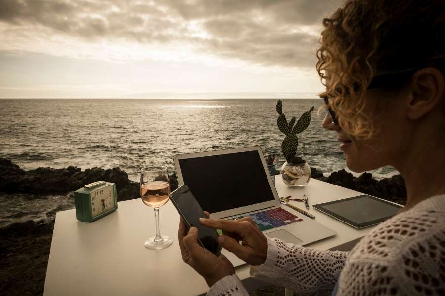 The 43 Most Essential Digital Nomad Resources on the Web