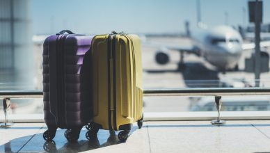 valize in aeroport, vacante ieftine