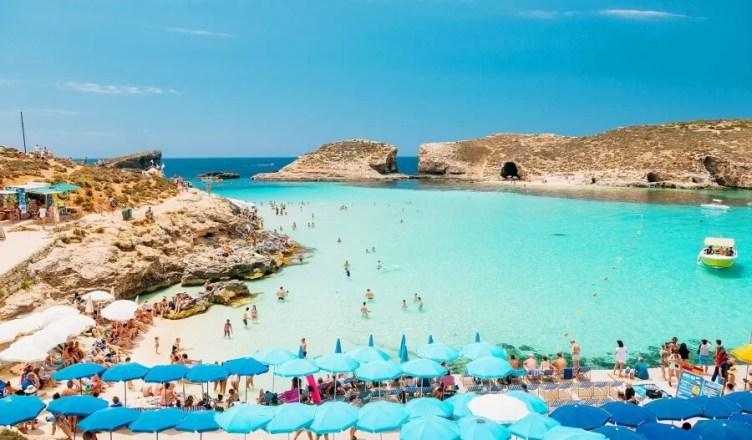 Malta da bani turistilor