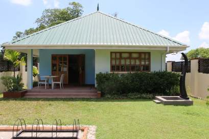 18 Days 28-31, Le Relax Self Catering, La Digue, Seychelles