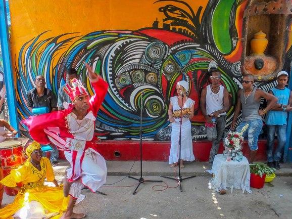 Dancing in Havana's Street