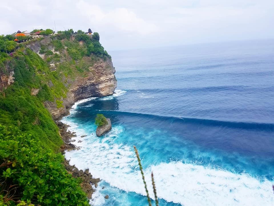 Uluwatu Cliff Temple, Uluwatu Cliff Temple in Bali Indonesia