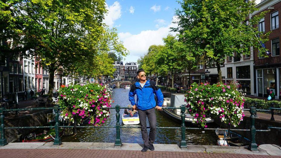 amsterdam europe itinerary