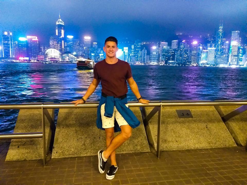 hong kong itinerary kowloon waterfront light show