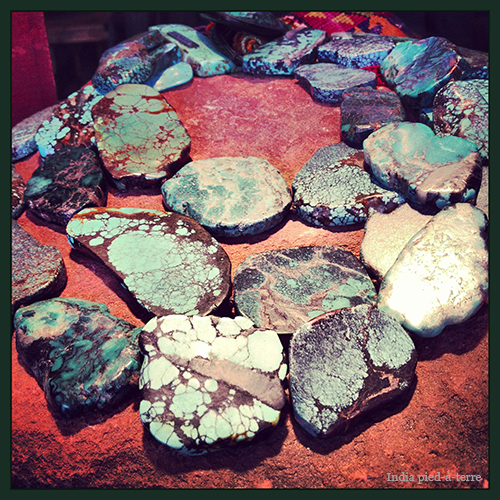 Turquoise-on-Brown-Rock