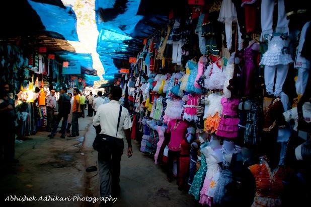 street shopping, mumbai