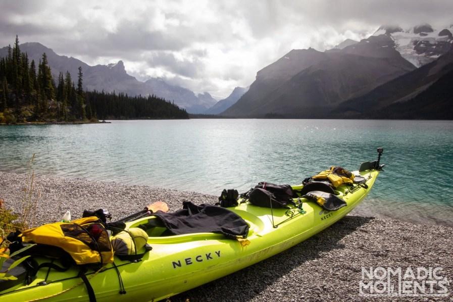 Kayak Maligne Lake