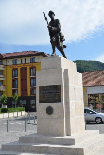 Monumentul Eroilor in Braşov, Romania