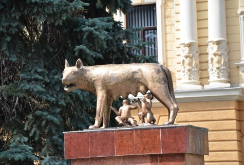 Capitoline Wolf statue at City Hall in Braşov, Romania