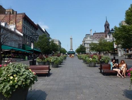 Place Jacques-Cartier in Vieaux-Montréal, Québec, Canada
