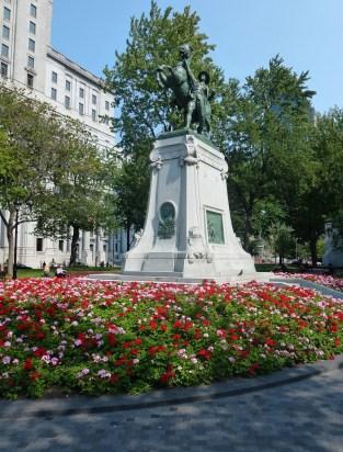 Square Dorchester in Montréal, Québec, Canada