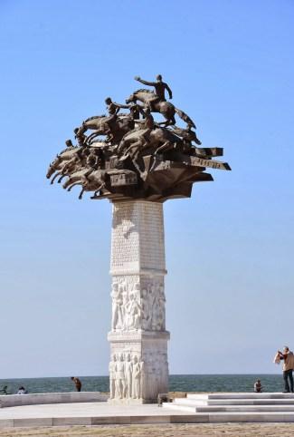 Cumhuriyet Ağacı in Izmir, Turkey