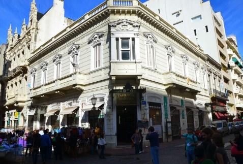 Farmacia de la Estrella in Buenos Aires, Argentina