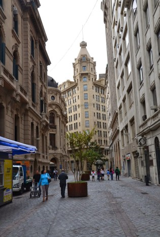 Calle Nueva York in Santiago de Chile