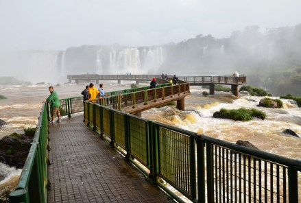 Extension to the falls at Parque Nacional do Iguaçu in Brazil