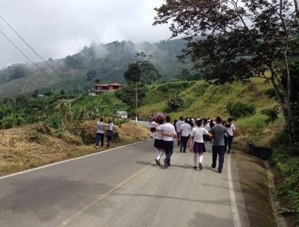 Derecho a la Vida walk from Taparcal to Belén de Umbría, Risaralda, Colombia