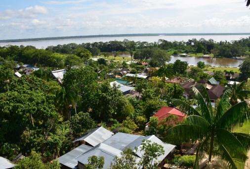 Puerto Nariño Mirador Amazonas Colombia