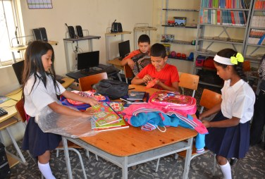 The students with their supplies in Belén de Umbría, Risaralda, Colombia