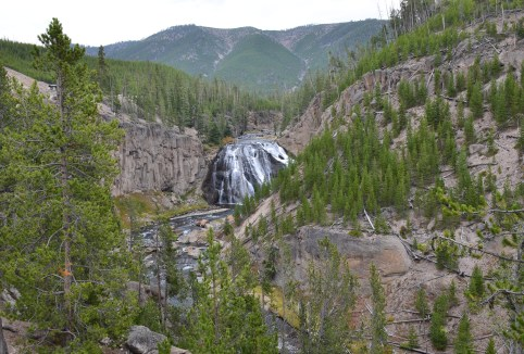 Gibbon Falls in Yellowstone National Park, Wyoming
