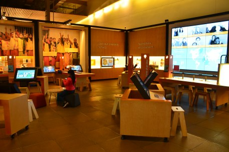 Interactive exhibit at the Bill & Melinda Gates Foundation Discovery Center in Seattle, Washington