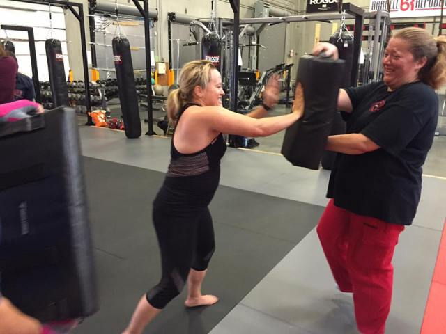 nomad-krav-maga-las-vegas-women-self-defense-palm-strikes-2