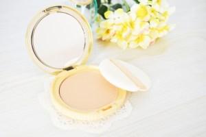 シミそばかすを消す化粧品の選び方
