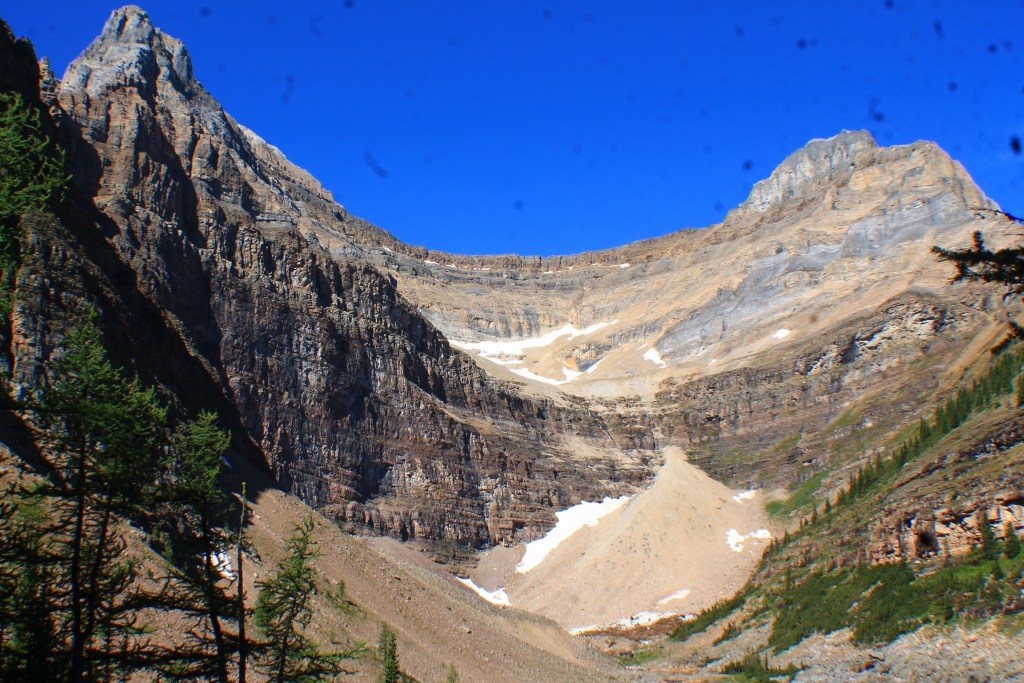 Hiking to Lake Agnes and Big Beehive, Adventurers Day Hiking Guide Lake Louise