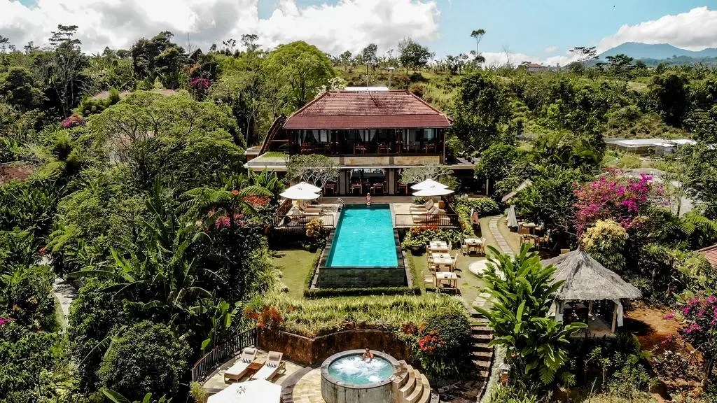 Munduk Moding Plantation Resort, Bali waterfalls: epic 2 day itinerary