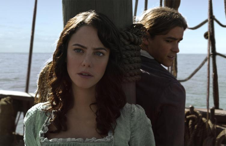 Pirates-of-the-Caribbean-Salazars-Revenge-Kaya-Scodelario-Brendon-Thwaites
