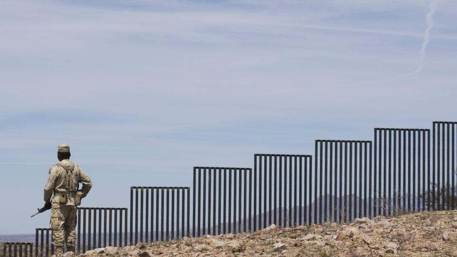 Mexican-Solider-Border-Patrol