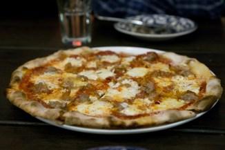 Salsiccia Pizza - Marta