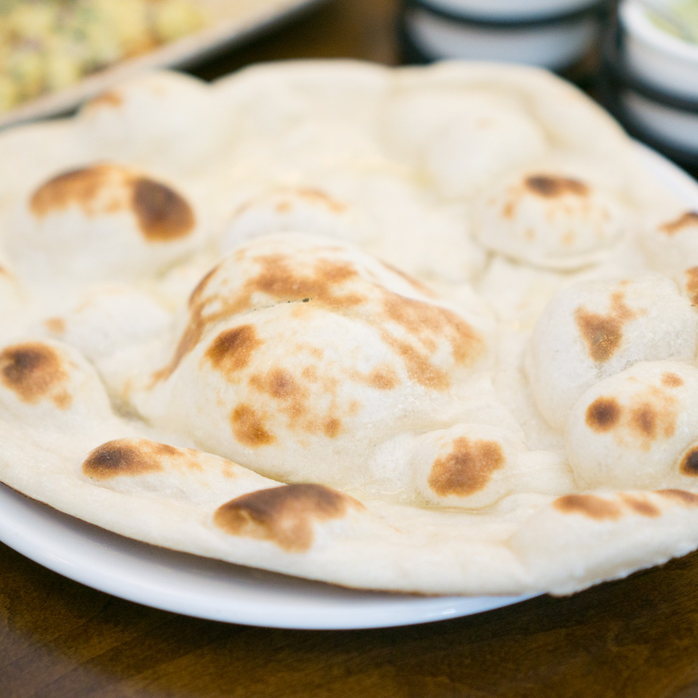 Garlic Naan - Paowalla