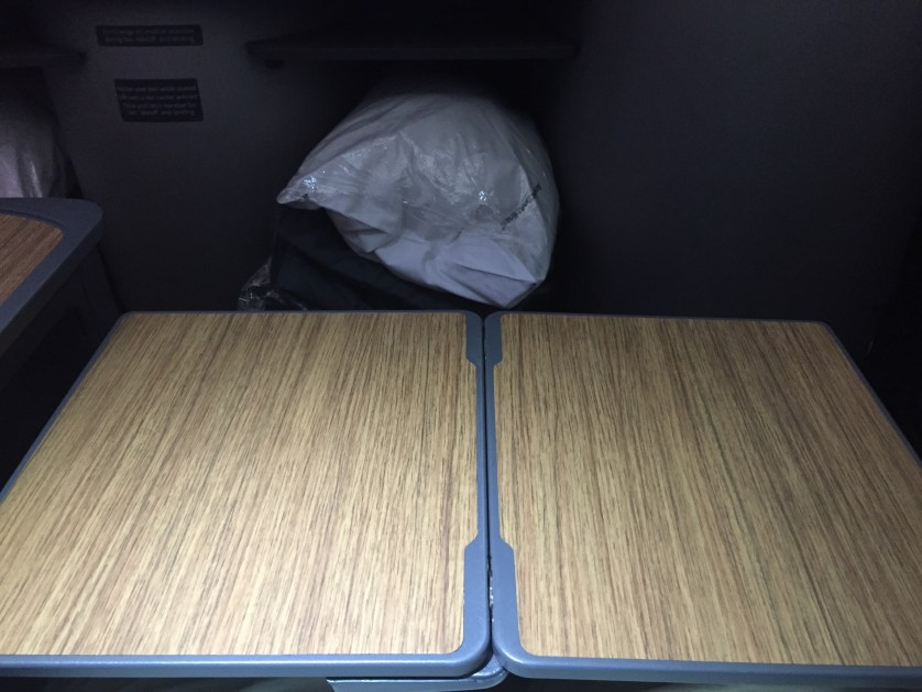 A321 Tray Table