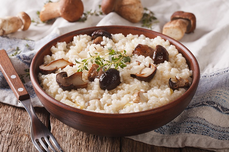 How to Freeze Risotto? The sooner you freeze risotto after cooking it, the better. If you freeze it the same day it's cooked, you can eat it within 2 to 3 days after thawing. If you're a little late to the party and freeze it 2 days after cooking, you should consume it the same day .