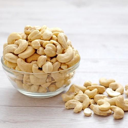 6.Cashews