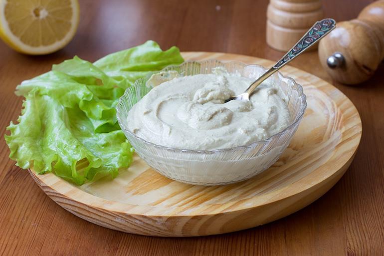 Salad-with-Tofu-Dressing