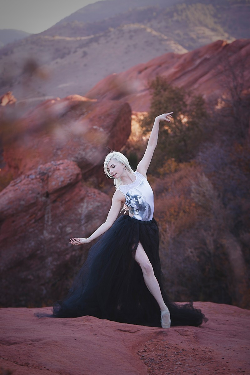 Madie Olsen dancer on pointe at Colorado Red Rocks black tulle skirt